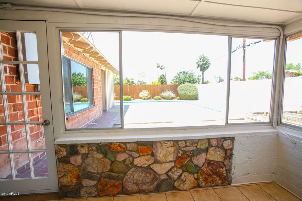 8702 E HIGHLAND Avenue Scottsdale, AZ 85251 - MLS #: 5611637