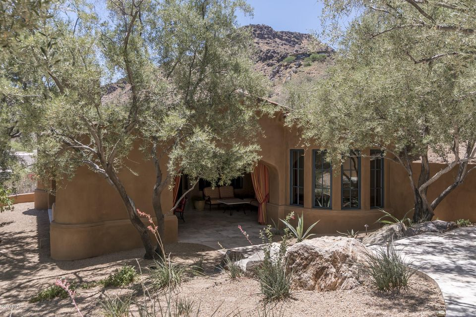 Additional photo for property listing at 6045 E Foothill Drive N 6045 E Foothill Drive N Paradise Valley, 亞利桑那州,85253 美國