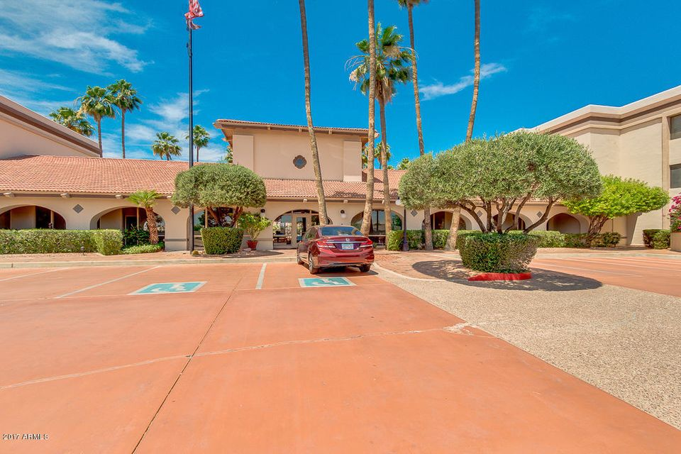 17404 N 99TH Avenue 110, Sun City, AZ 85373