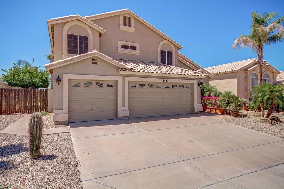 2433 E ROCKLEDGE Road, Phoenix, AZ 85048