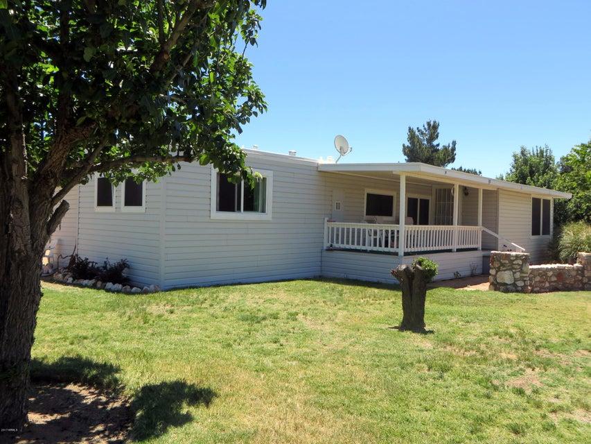 18321 S JOHN FRY Avenue, Peeples Valley, AZ 86332