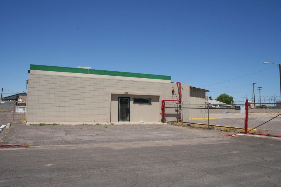 6100 N 52ND Avenue, Glendale, AZ 85301