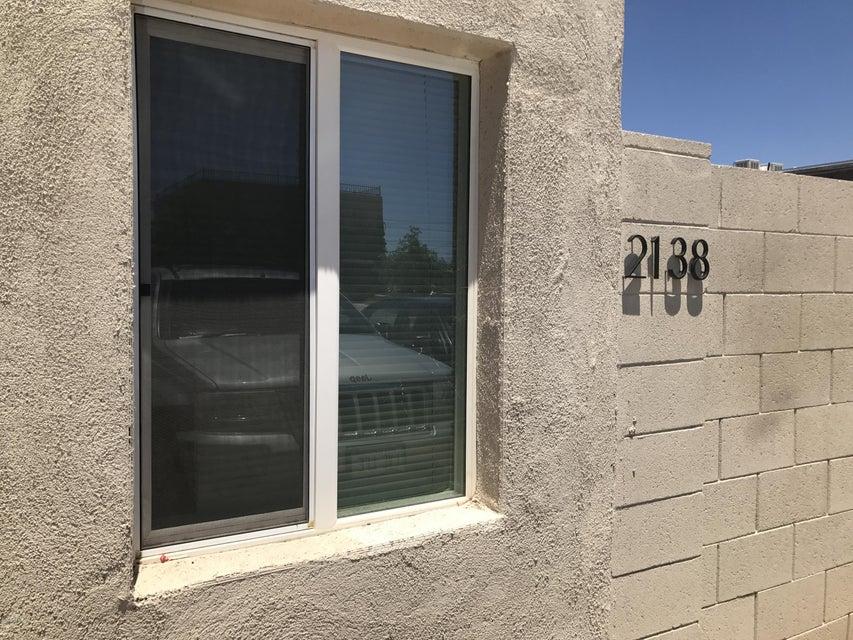 2138 E TAYLOR Street, Phoenix, AZ 85006