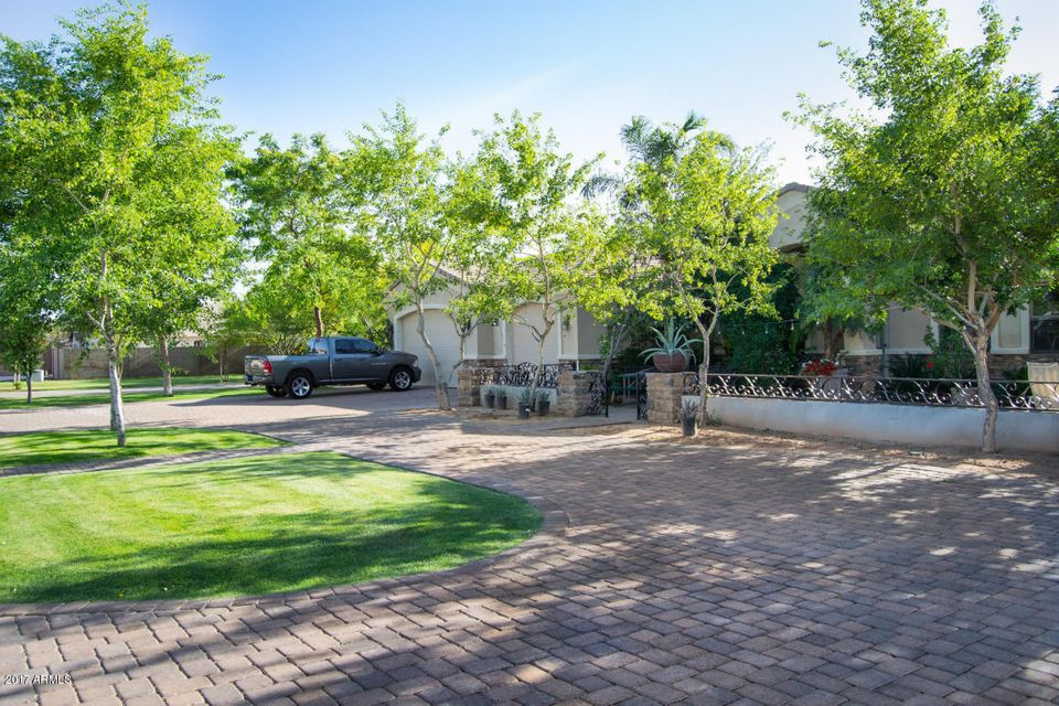 2328 N 104TH Drive, Avondale, AZ 85392
