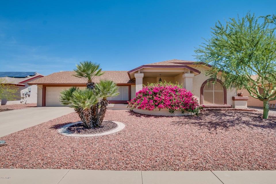 14712 W RAVENSWOOD Drive, Sun City West, AZ 85375