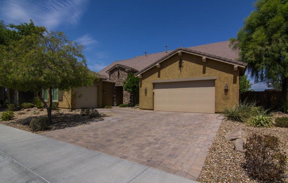 16062 W VERNON Avenue, Goodyear, AZ 85395