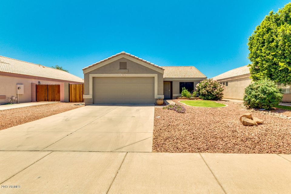 1982 S RENNICK Drive, Apache Junction, AZ 85120