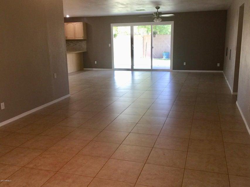 922 W LOUGHLIN Drive Chandler, AZ 85225 - MLS #: 5615266