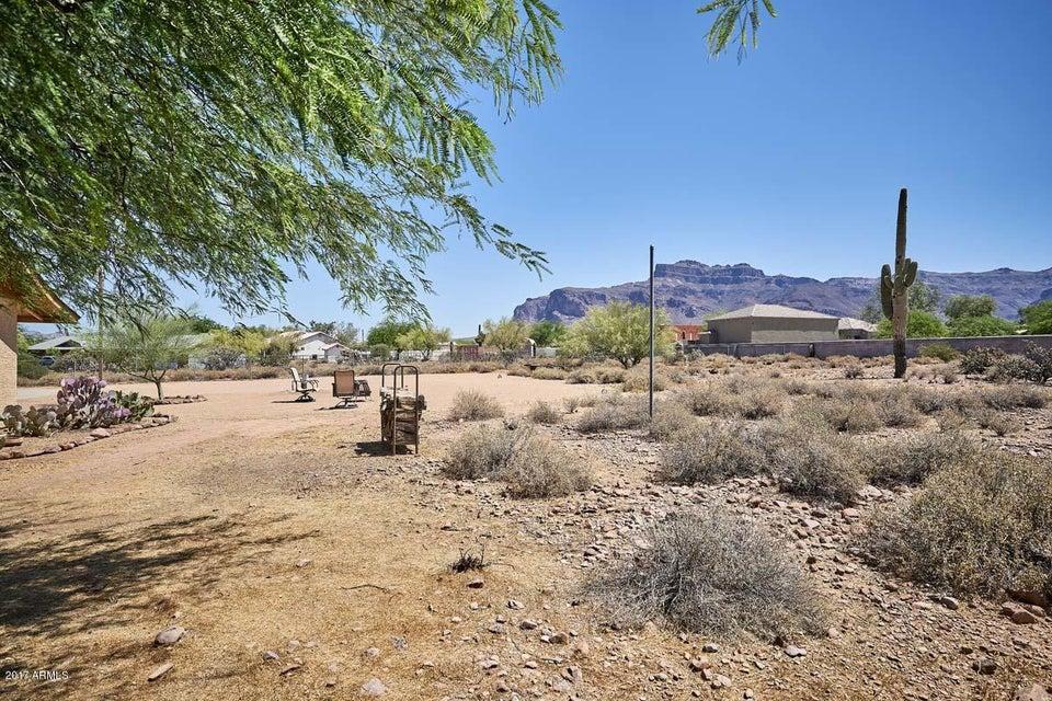MLS 5616835 2209 S SIXSHOOTER Road, Apache Junction, AZ Apache Junction AZ Luxury