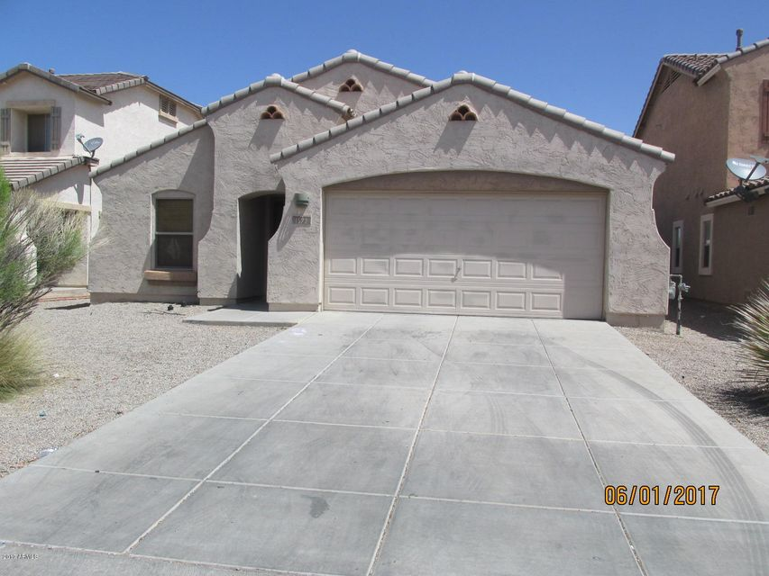 1572 E Christopher Street, San Tan Valley, AZ 85140