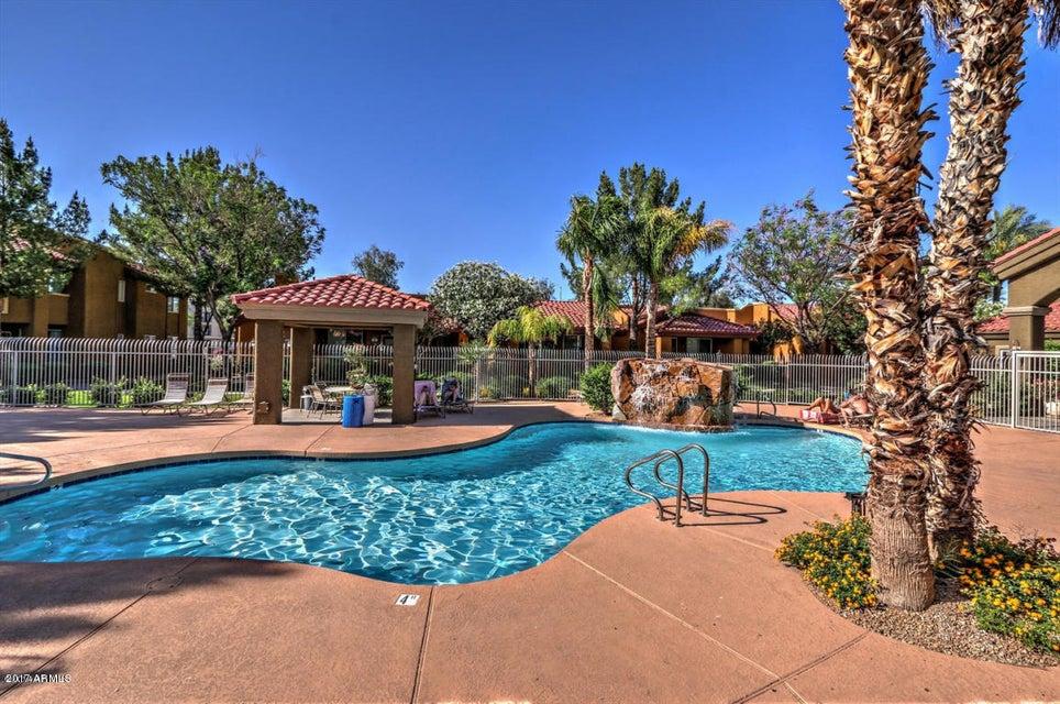 2929 W YORKSHIRE Drive 2118, Phoenix, AZ 85027