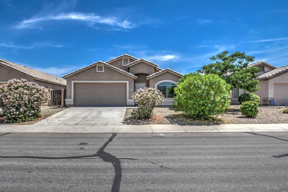 3841 W SANTA CRUZ Avenue, Queen Creek, AZ 85142