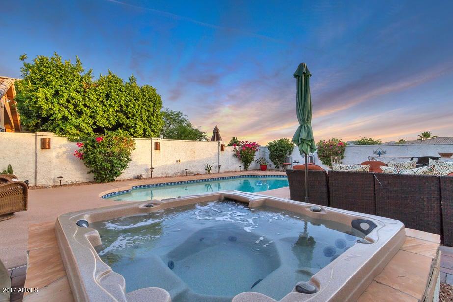 MLS 5612138 15218 S 14TH Place, Phoenix, AZ Ahwatukee Community AZ Private Pool