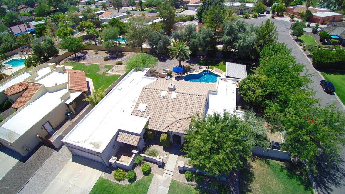 415 E SECRETARIAT Drive, Tempe, AZ 85284
