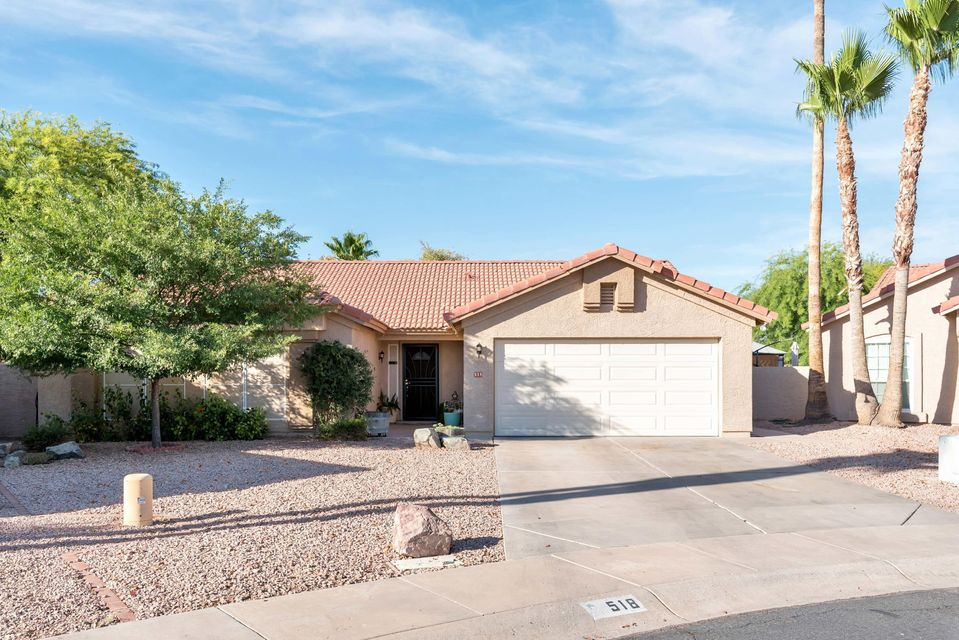 518 W ENSUENO Court, Gilbert, AZ 85233
