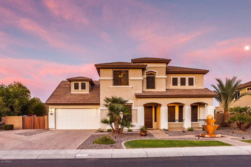 2579 S ROANOKE Street, Gilbert, AZ 85295