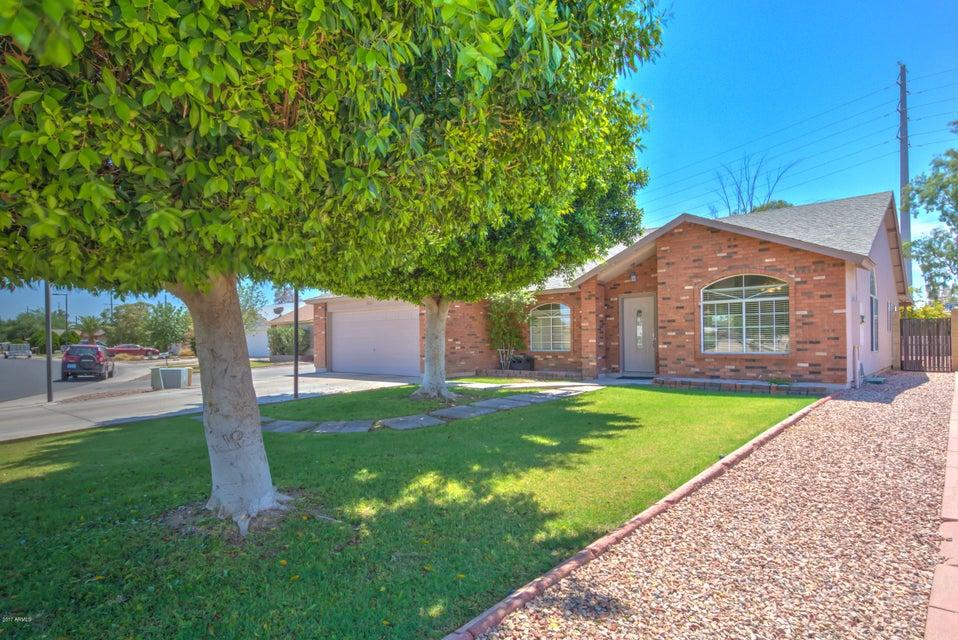 950 S Wanda Drive, Gilbert, AZ 85296