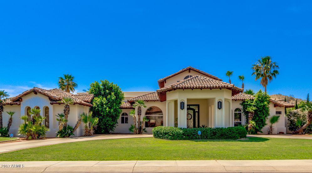 12819 S WARPAINT Drive, Phoenix, AZ 85044