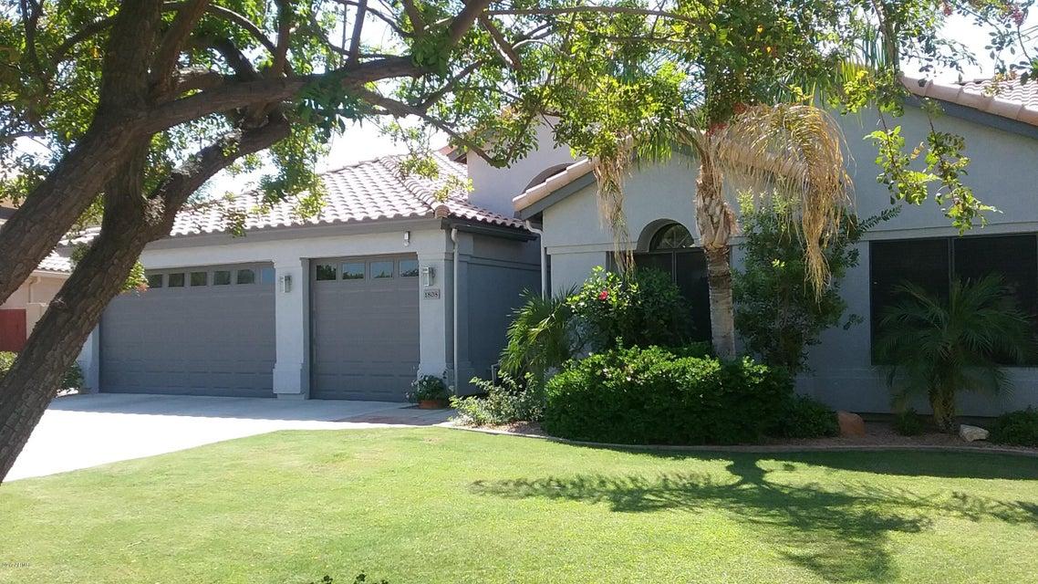 1808 E CASCADE Drive, Gilbert, AZ 85234