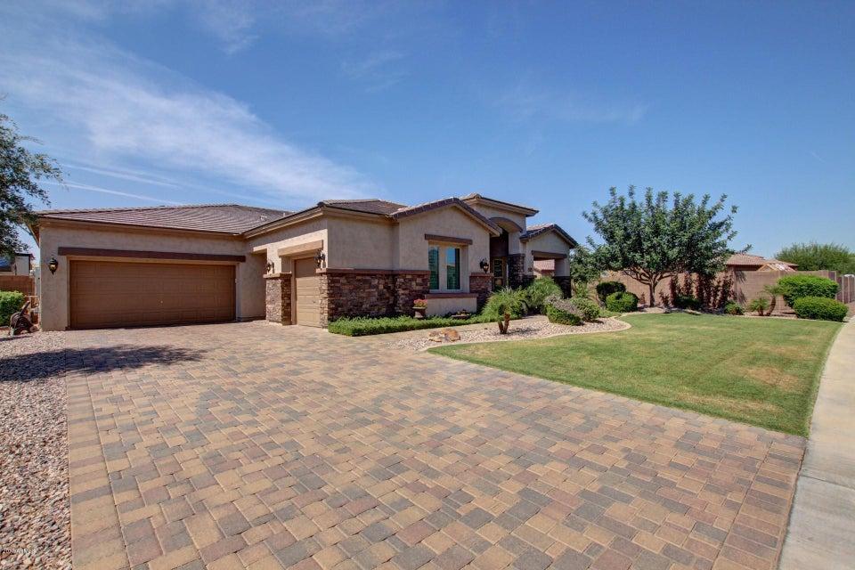 18001 W SELLS Drive, Goodyear, AZ 85395