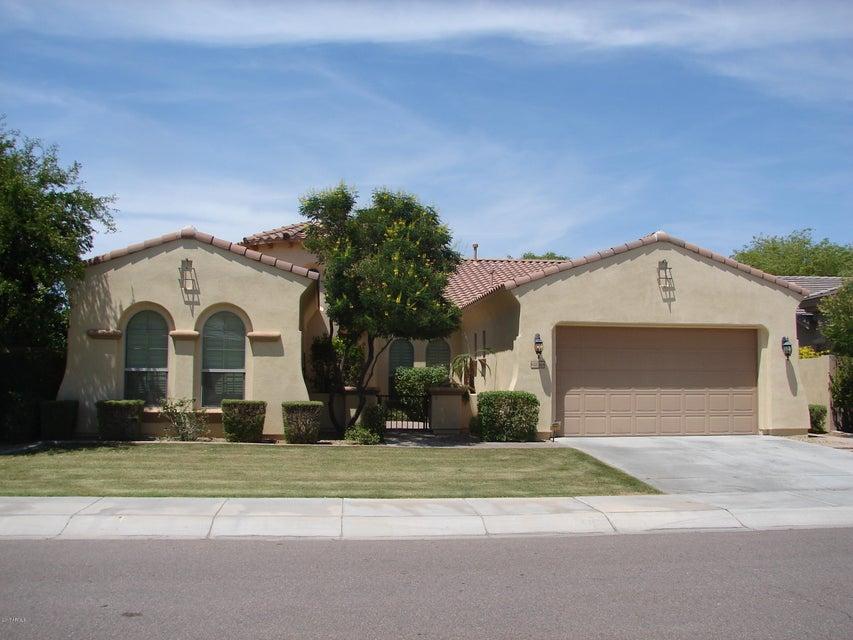 15746 W VERNON Avenue, Goodyear, AZ 85395