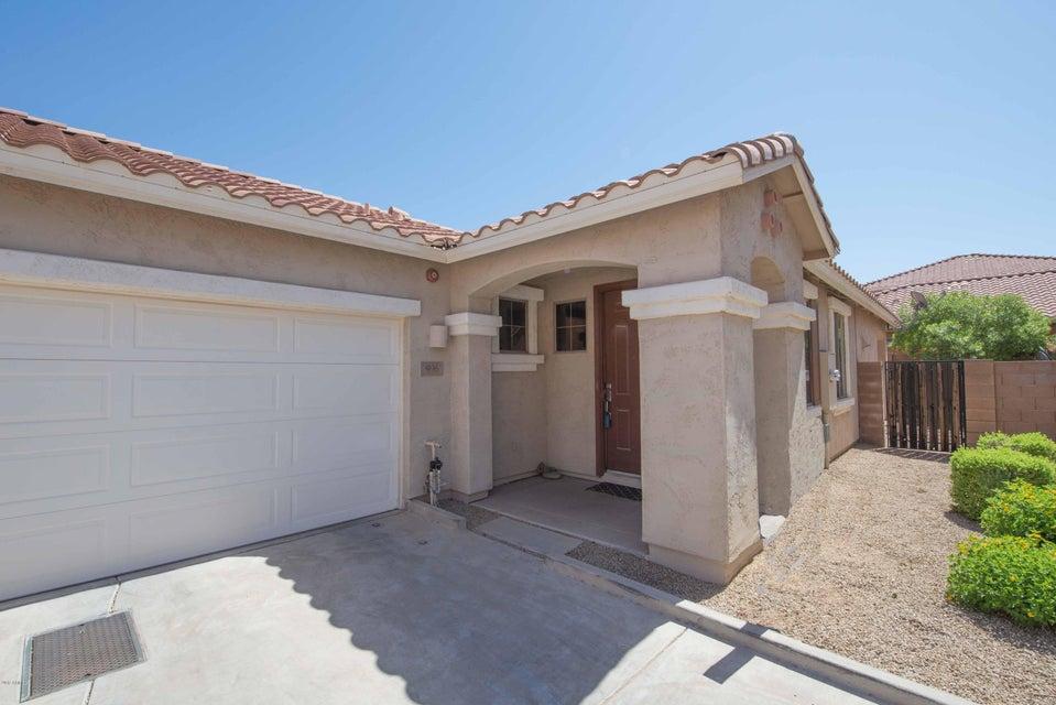 996 E RANCH Road, Gilbert, AZ 85296