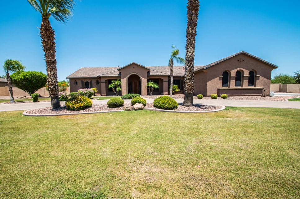 14080 W BECKER Lane, Surprise, AZ 85379