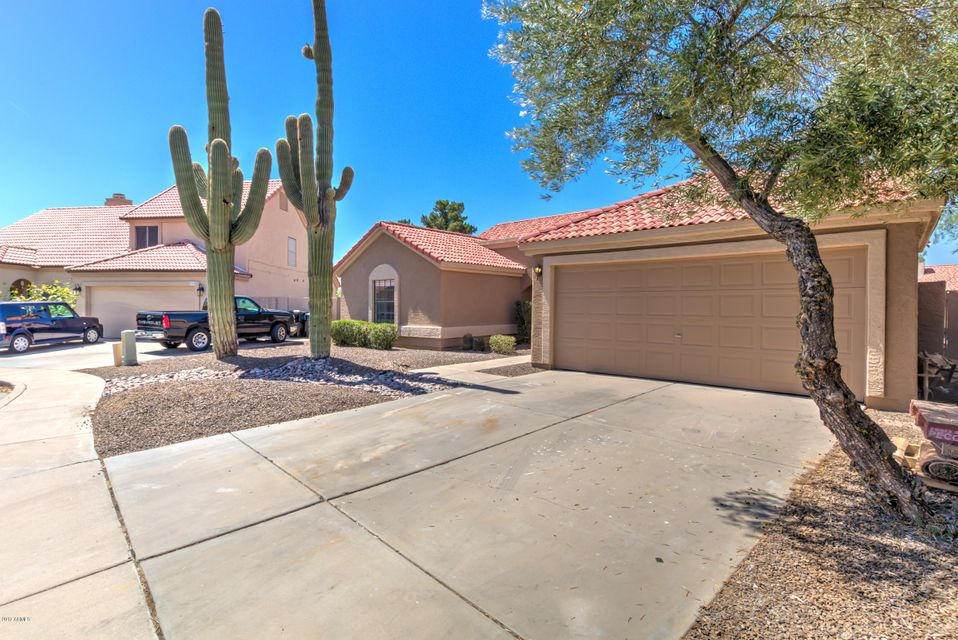 1208 E LAUREL Avenue, Gilbert, AZ 85234