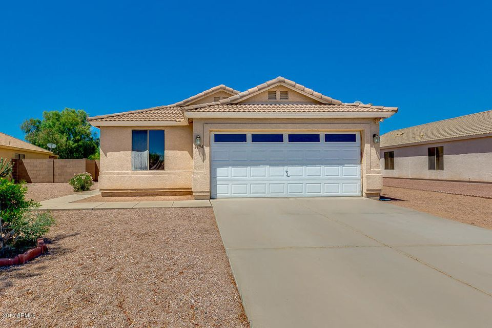 1194 W ROSAL Avenue, Apache Junction, AZ 85120