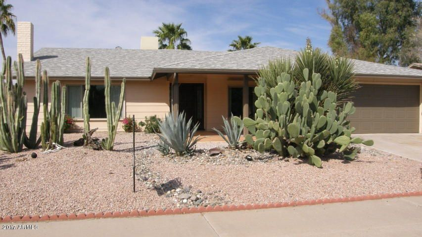 MLS 5619296 11820 S HALF MOON Drive, Phoenix, AZ 85044 Adult Community in Phoenix