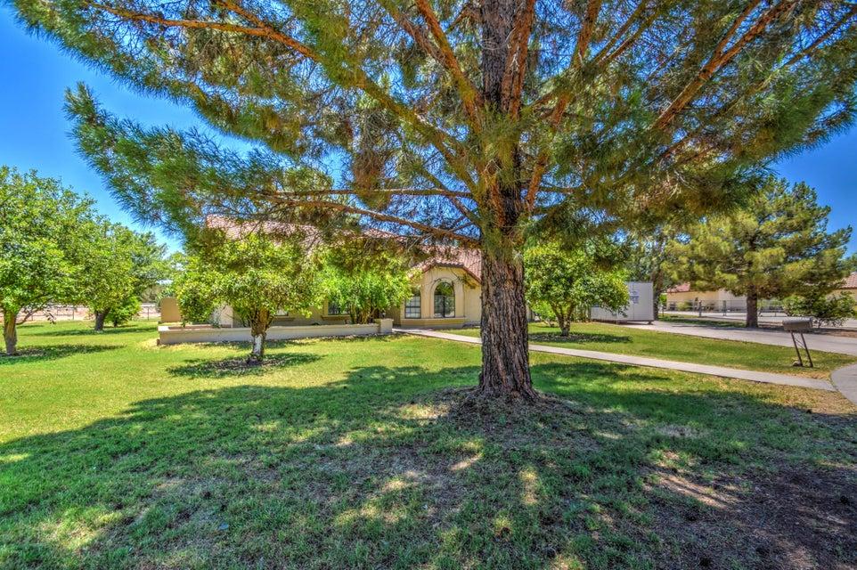 2703 E VAUGHN Avenue, Gilbert, AZ 85234