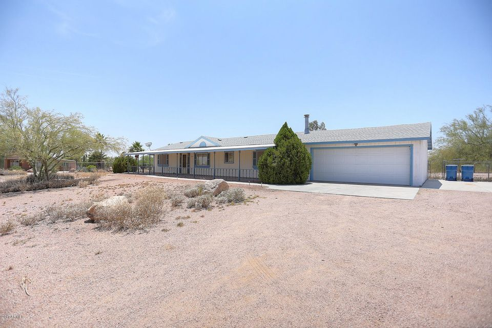 1030 S WICKIUP Road, Apache Junction, AZ 85119
