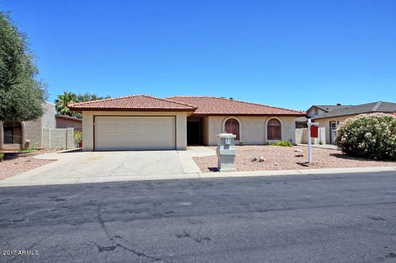 26217 S GREENCASTLE Drive, Sun Lakes, AZ 85248