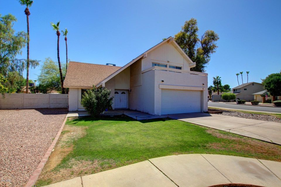 1755 W MESETO Avenue, Mesa, AZ 85202