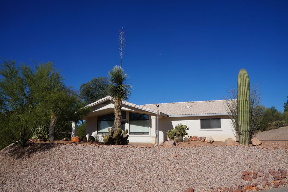 640 LOS ALTOS Drive, Wickenburg, AZ 85390