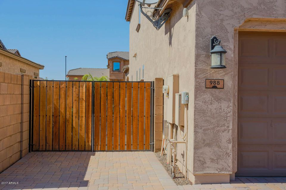 988 E BRIDGEPORT Parkway Gilbert, AZ 85295 - MLS #: 5620033