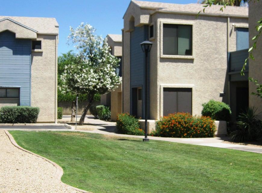MLS 5619163 9209 N 59TH Avenue Unit 205, Glendale, AZ Glendale AZ Luxury
