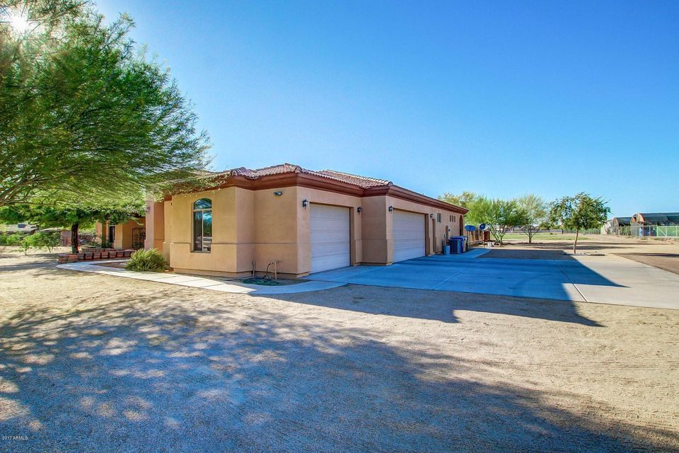 MLS 5620376 6930 W BASELINE Road, Laveen, AZ 85339 Laveen AZ One Plus Acre Home