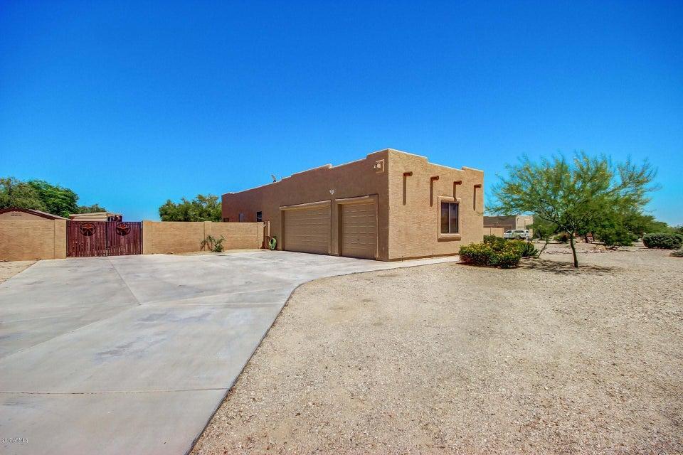 24446 W QUAILS NEST Lane, Wittmann, AZ 85361
