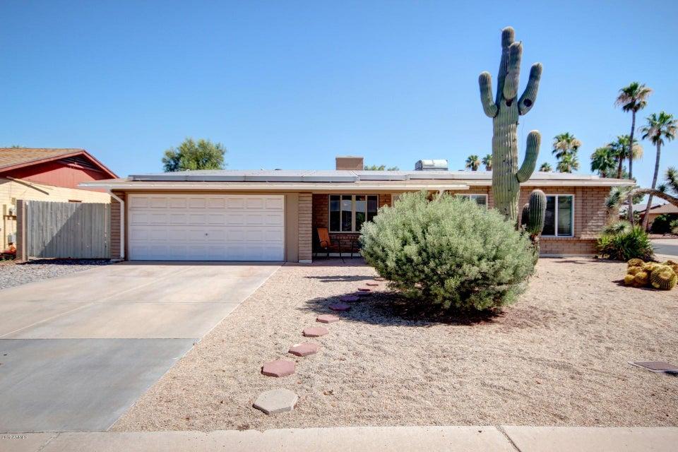 10744 W FRIER Drive, Glendale, AZ 85307