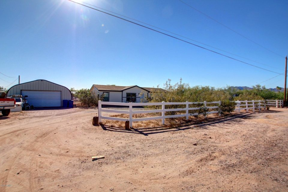 1076 N GRAND Drive, Apache Junction, AZ 85120