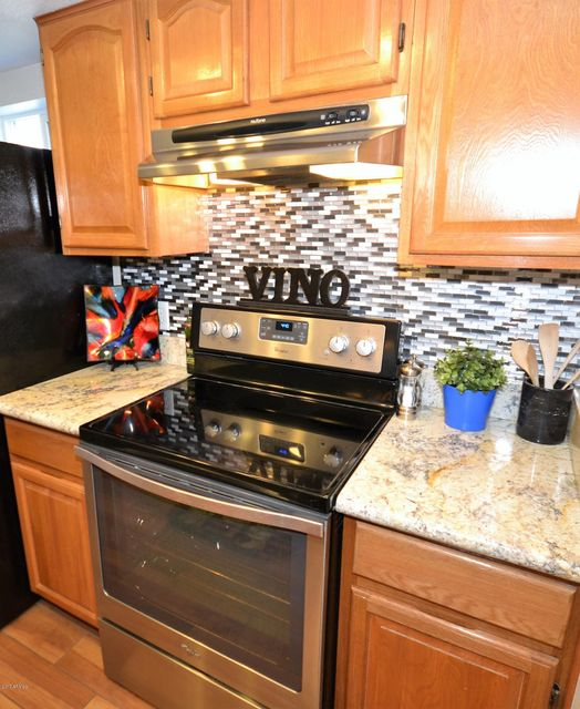Photo 5 for Listing #5621319