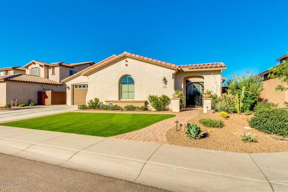 41231 N LINDEN Street, San Tan Valley, AZ 85140