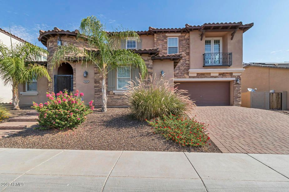 18438 W PURDUE Avenue, Waddell, AZ 85355