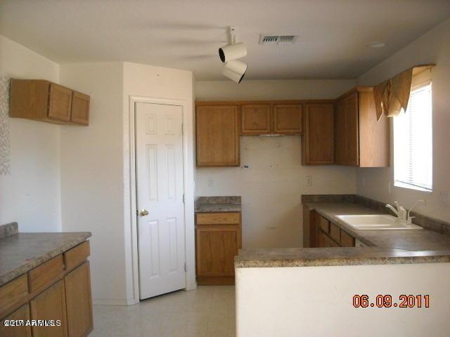 15101 N LUNA Street N, El Mirage, AZ 85335