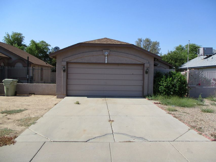 6956 W NORTHVIEW Avenue, Glendale, AZ 85303