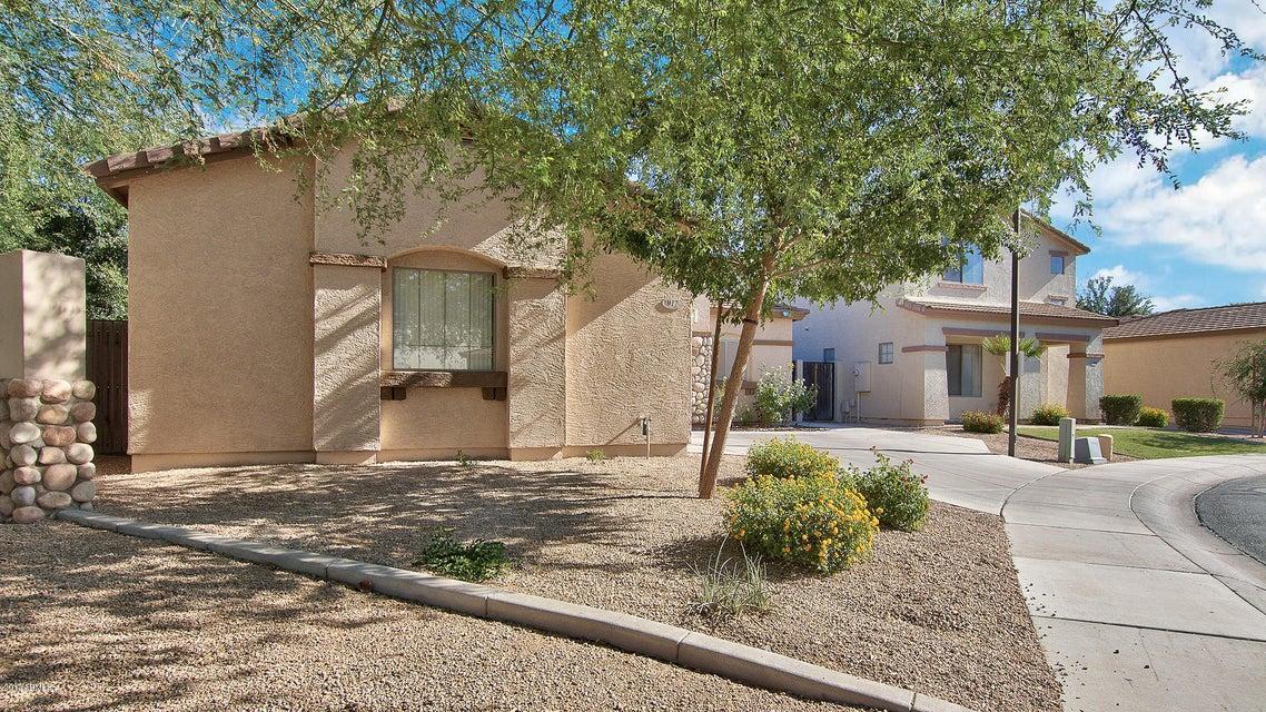 917 E MADELINE Drive, Chandler, AZ 85225