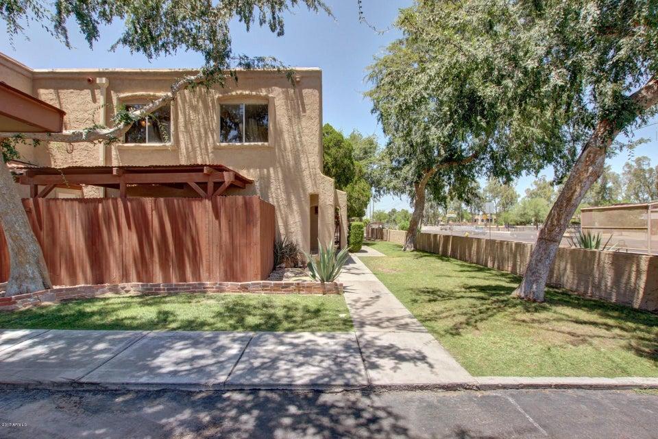 1005 E NORTHERN Avenue, Phoenix, AZ 85020