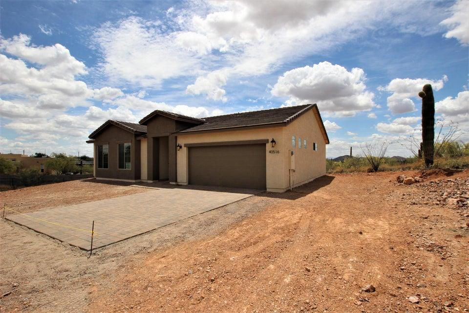 40516 N NEW RIVER Road, Phoenix AZ 85086
