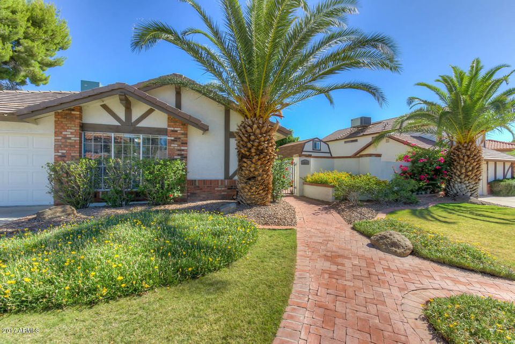 4550 E CORRAL Road, Phoenix, AZ 85044
